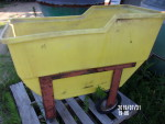 pic 3 of 3 on yellow feed cart $50 - little hole here