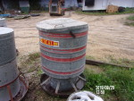 sale pending to VT pic 1 of 3 really nice  ideal rotary feeder at $40.