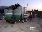 Outdoor feeders to Pleasant Hope Missouri and Lebanon Missouri