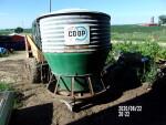 40 bushel feeder to Creswell Oregon