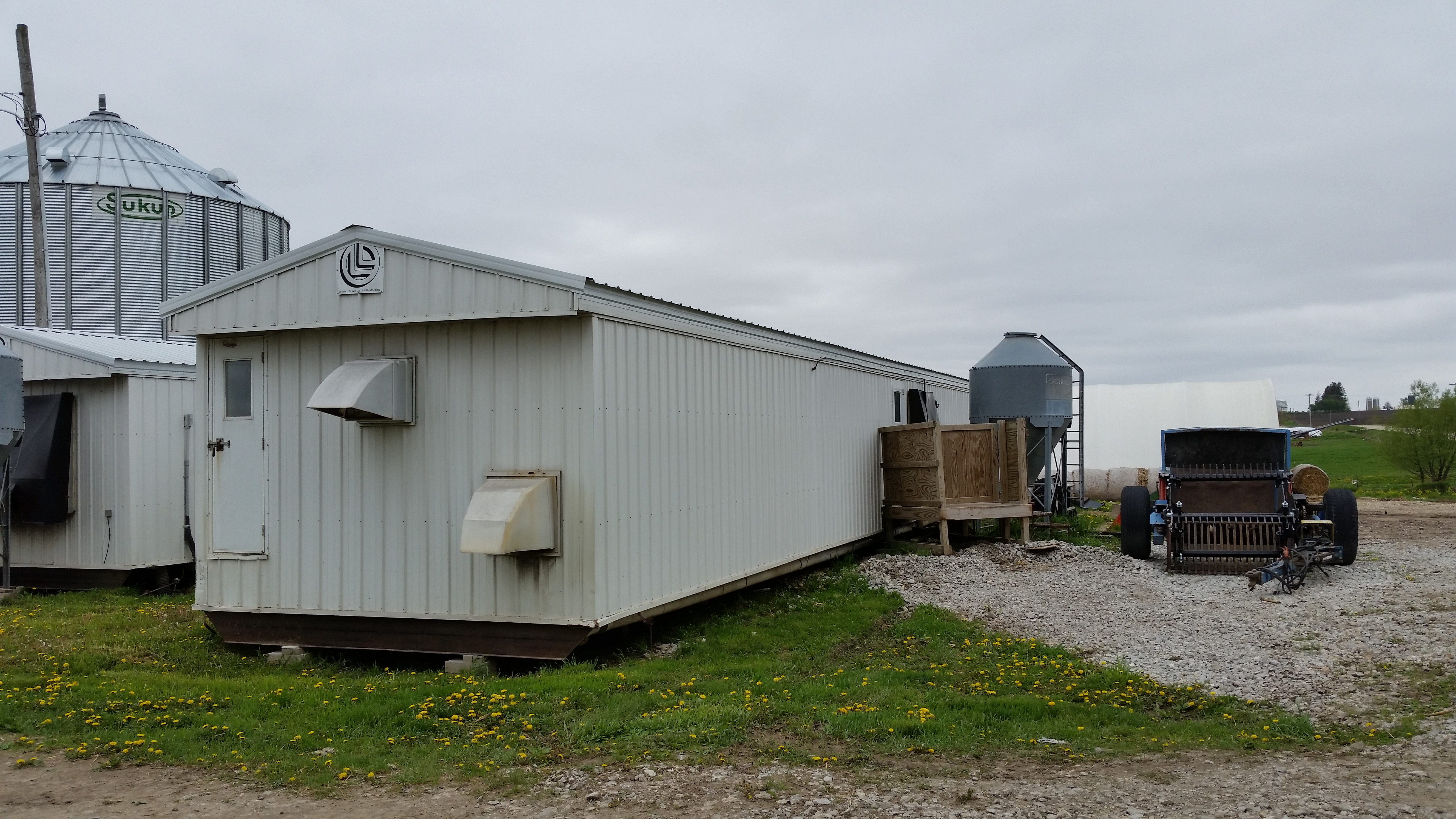 Double L Nursery 13x9x82 Feed Room In The Middle 360 Capacity 180