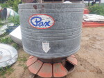 pic 1 of 3 - Feeder 4AU - 60 bushel at $400 --  I will find a top lid for this feeder
