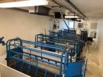 6 farrowing  crates, cast iron and fiberglass beams